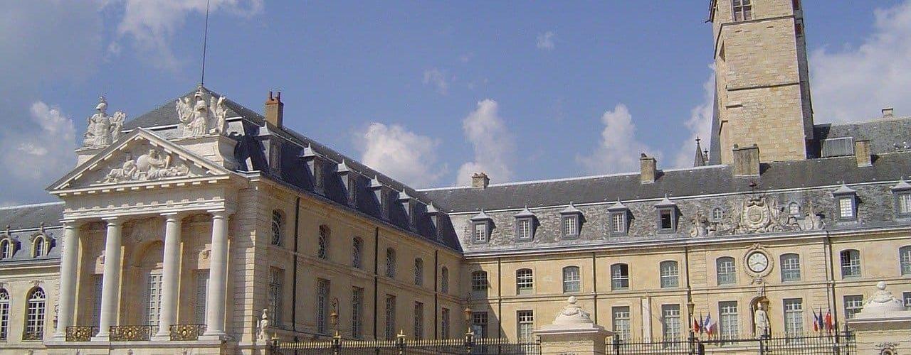 Ville tendance location saisonnière Dijon